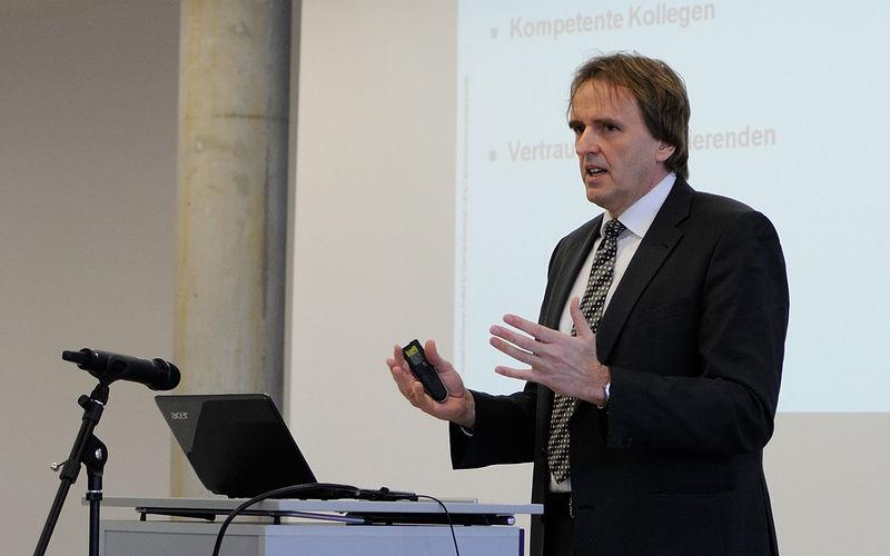 Preisverleihung Professor des Jahres - Rede Prof. Pohlmann Bild 2
