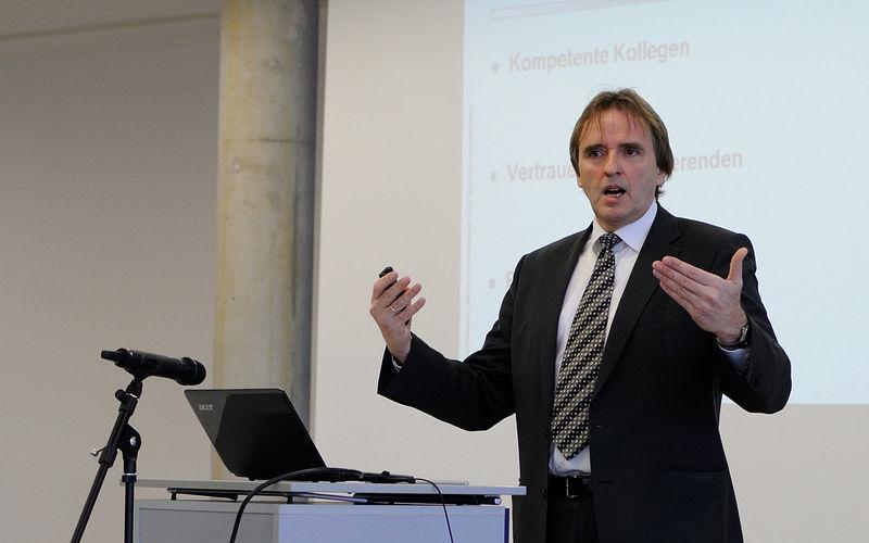 Preisverleihung Professor des Jahres - Rede Prof. Pohlmann Bild 1