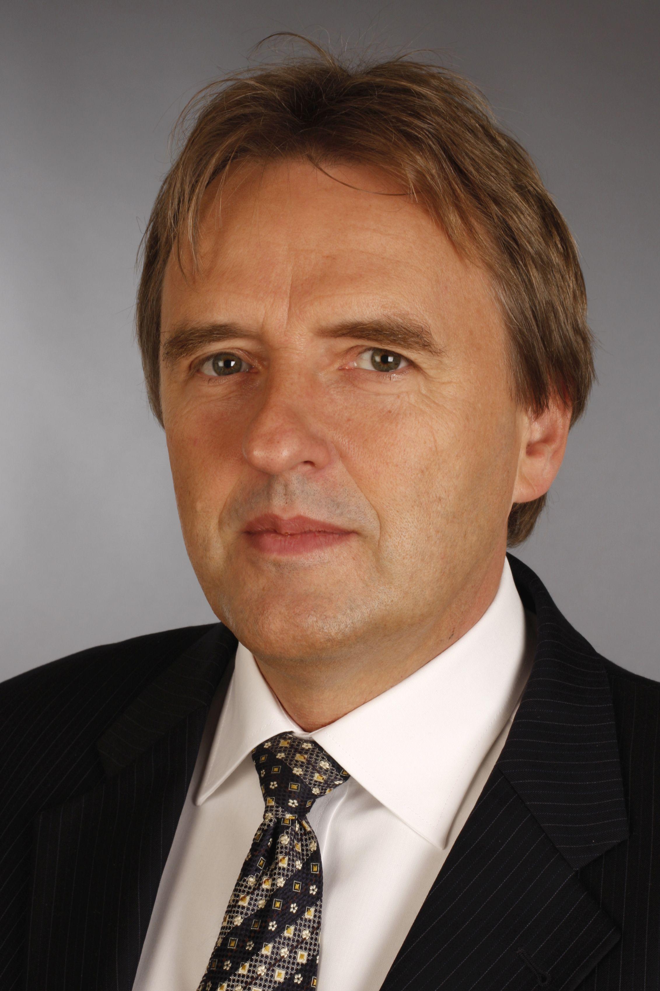 Portrait - 4 - Prof. Norbert Pohlmann