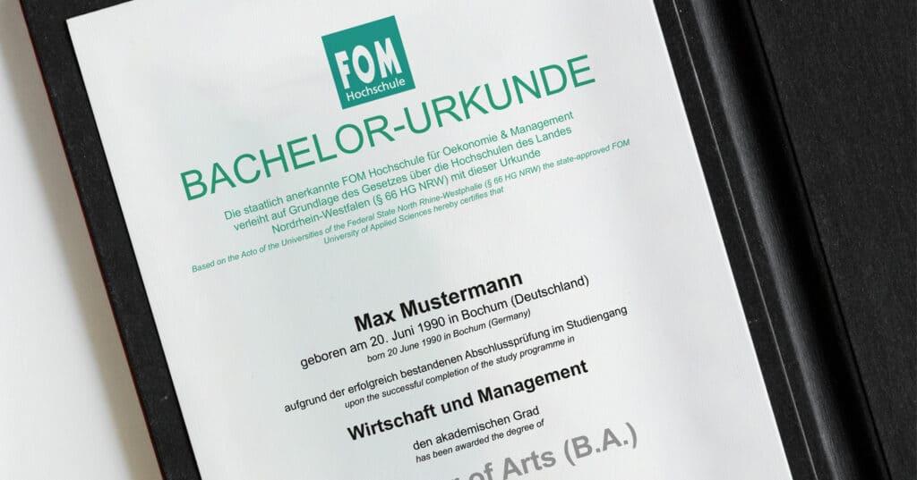 Zeugnissignaturen in der Blockchain - TrustCerts und FOM Hochschule - Prof. Norbert Pohlmann